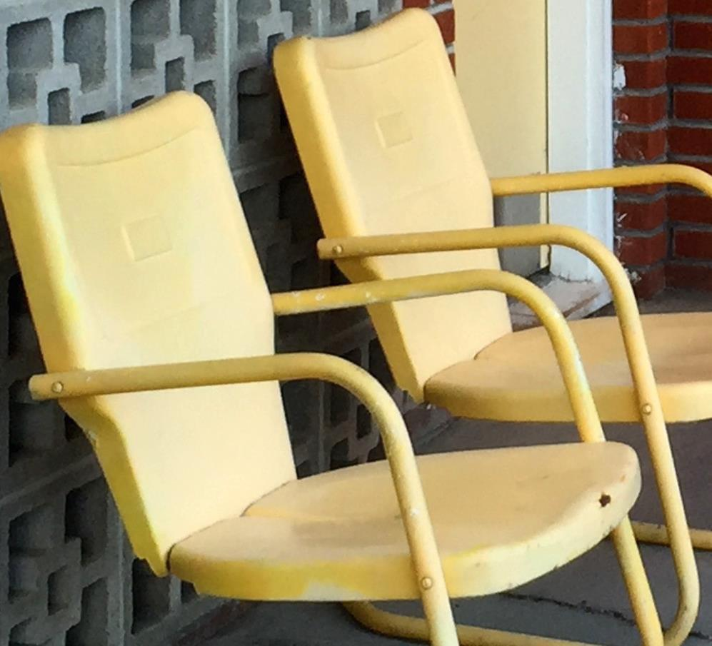 sharon motel yellow chairs